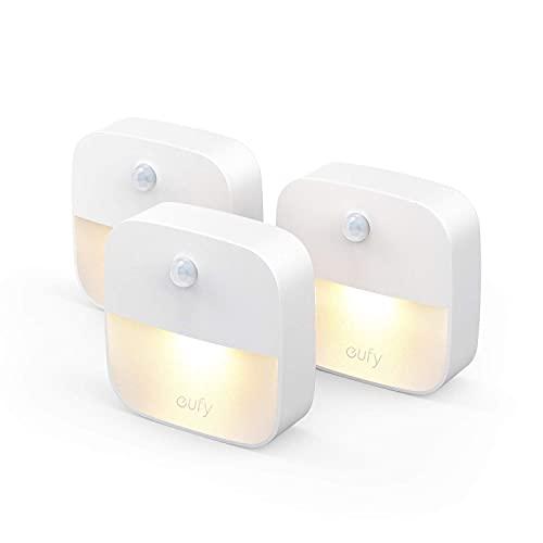 eufy Lumi 3 Pack LED Nachtlicht mit Bewegungssensor, Warmes weißes Licht, Auto ON/OFF, Selbsthaftende...