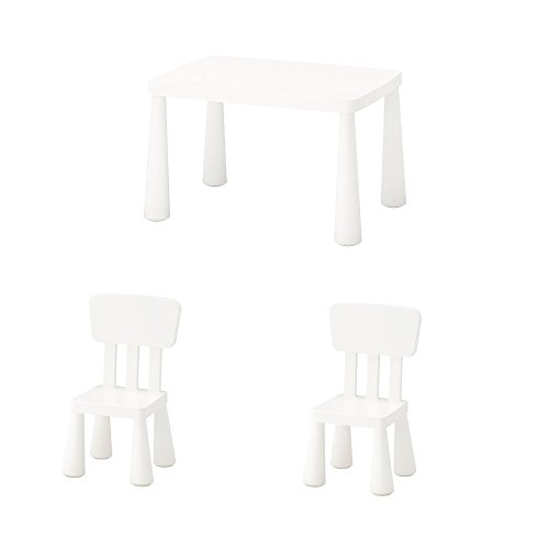 Unbekannt IKEA Mammut Kindertisch und 2 Kinderstühle in weiß; für drinnen und draußen