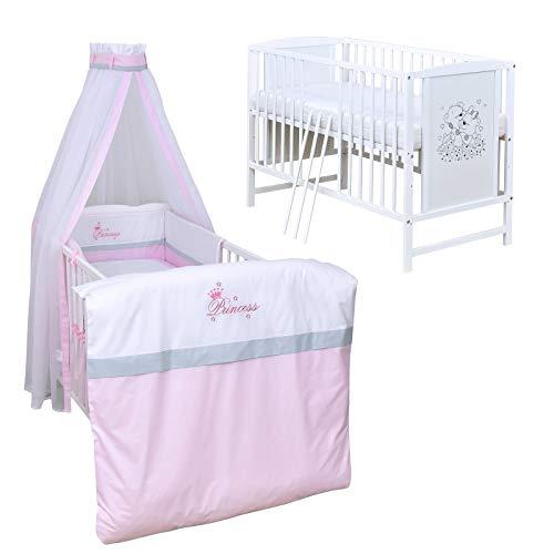 Baby Delux Babybett Komplett Set Kinderbett Mia weiß 120x60 Bettset mit Stickerei Matratze in vielen Designs...