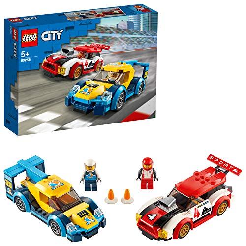 LEGO 60256 City Rennwagen-Duell Spielzeug mit 2 Rennfahrer-Minifiguren, Rallyefahrzeuge für Kinder ab 5...
